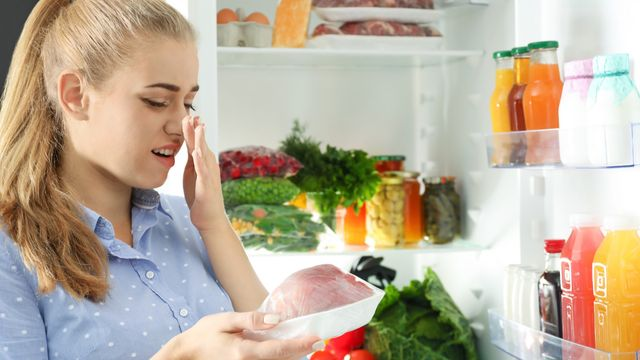 How to Overcome Stale Food Poisoning